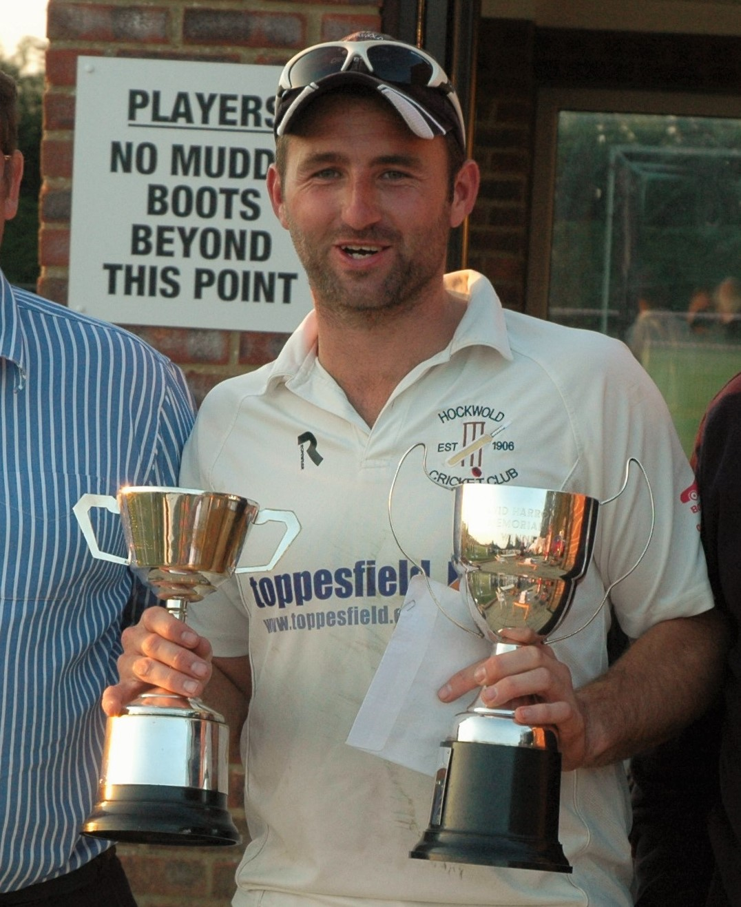 Roy_close-up_with_trophies