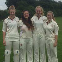 Girls_cricket